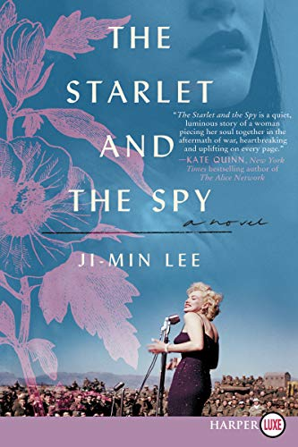 The Starlet and the Spy (Large Print)